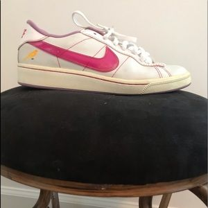 Nike White Pink and Yellow Soccer Shoe